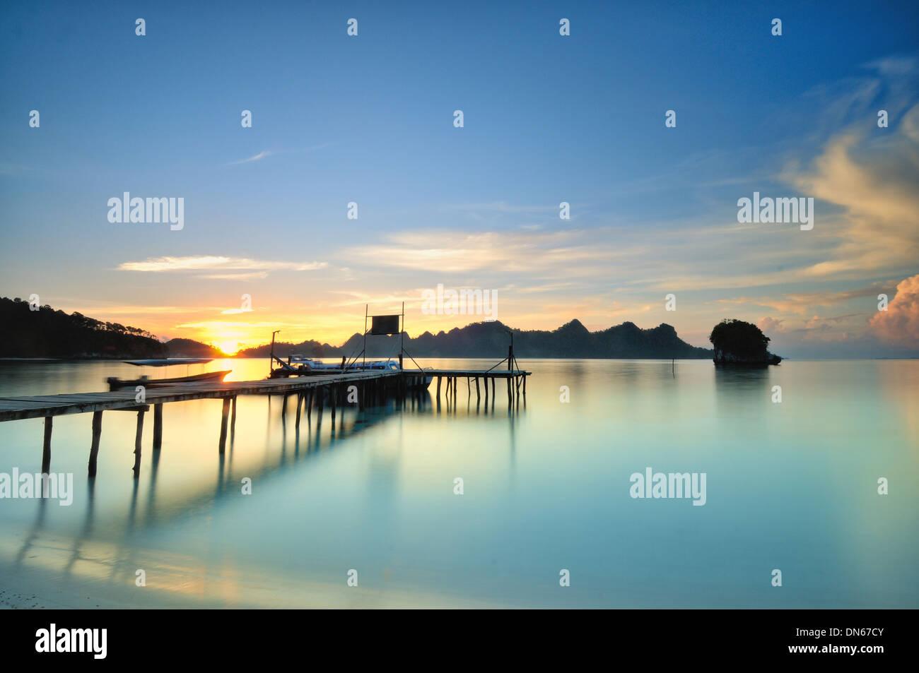 Sunrise at Wayag port, Raja Ampat - Stock Image