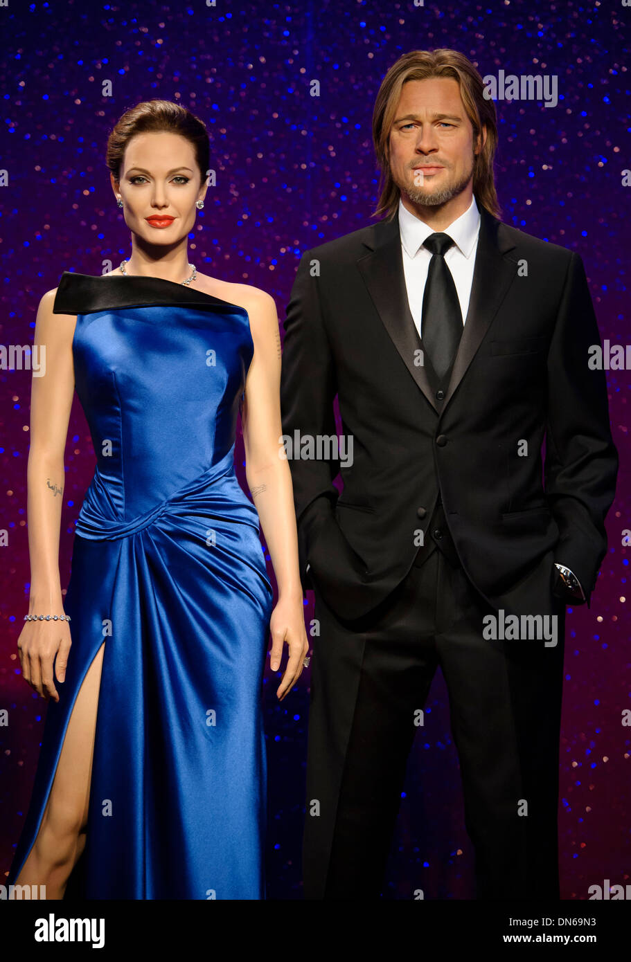 The waxworks of Brad Pitt and Angelina Jolie at Madame Tussaud's London. - Stock Image