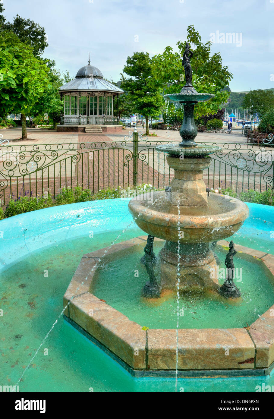 The fountain and bandstand at Dartmouth Park, Devon, England. Stock Photo