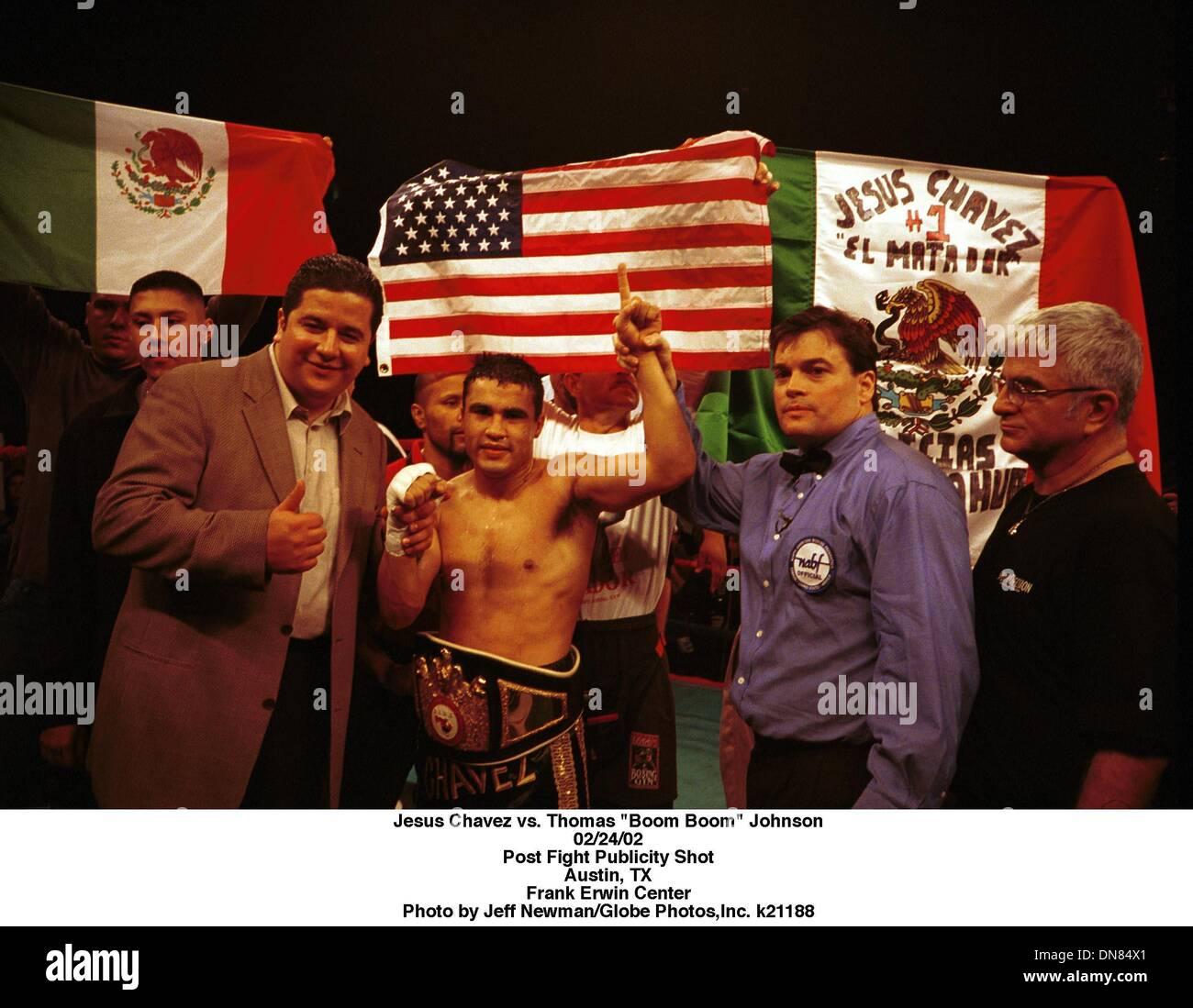 Feb. 24, 2001 - Jesus Chavez vs. Thomas ''Boom Boom'' Johnson.02/24/02.Post Fight Publicity Shot.Austin, TX.Frank Erwin Center. Jeff Newman/   k21188(Credit Image: © Globe Photos/ZUMAPRESS.com) - Stock Image