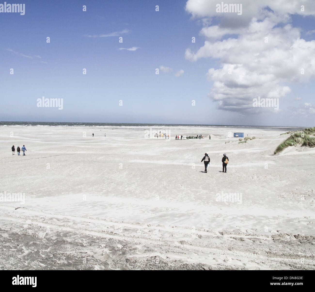 Wide open beach white sand terchelling island netherlands - Stock Image
