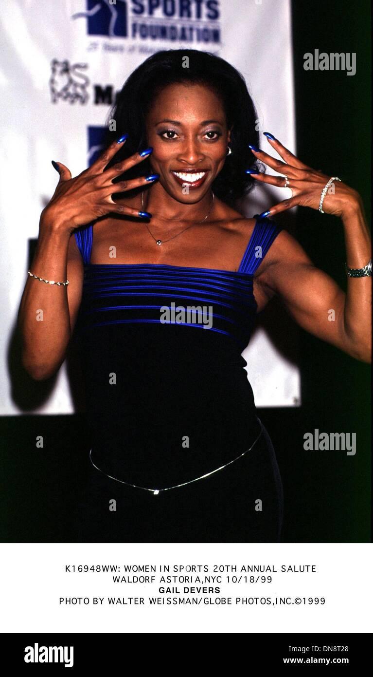 Oct. 18, 1999 - K16948WW: WOMEN IN SPORTS 20TH ANNUAL SALUTE.WALDORF ASTORIA, NYC 10/18/1999.GAIL DEVERS. WALTER WEISSMAN/   1999(Credit Image: © Globe Photos/ZUMAPRESS.com) - Stock Image