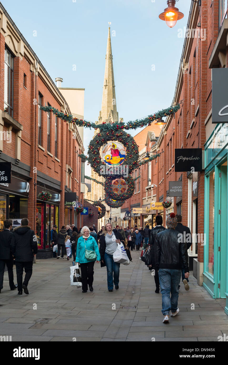 Christmas shoppers in Durham High Street - Stock Image