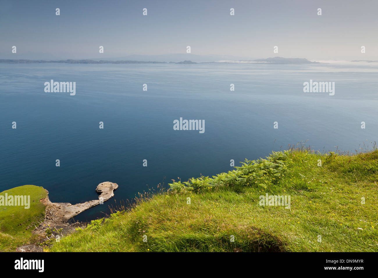 Viewpoint from the Isle of Skye to AppleCross and Isle of Raasay. Scotland UK - Stock Image
