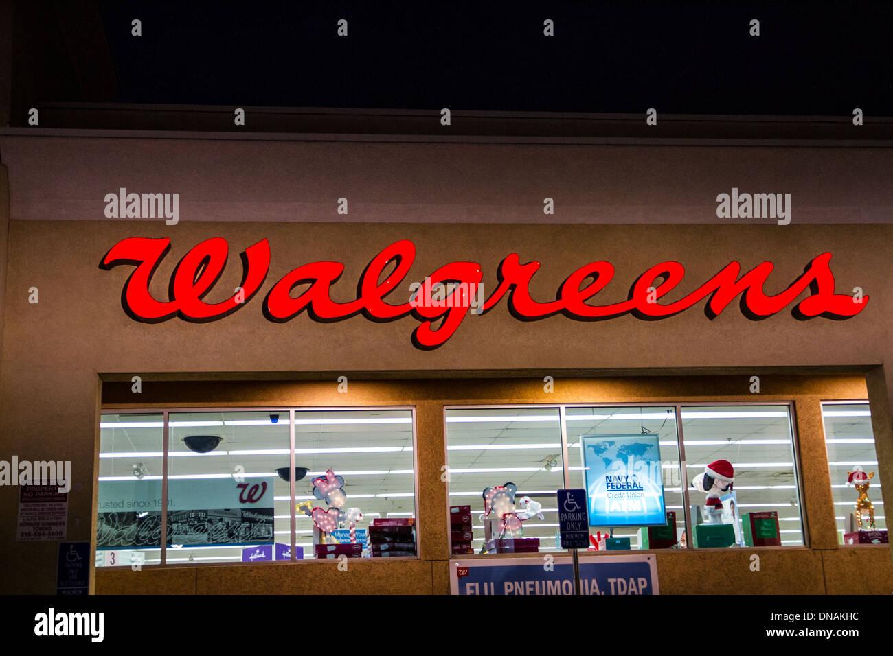 Walgreens Pharmacy Stock Photos & Walgreens Pharmacy Stock