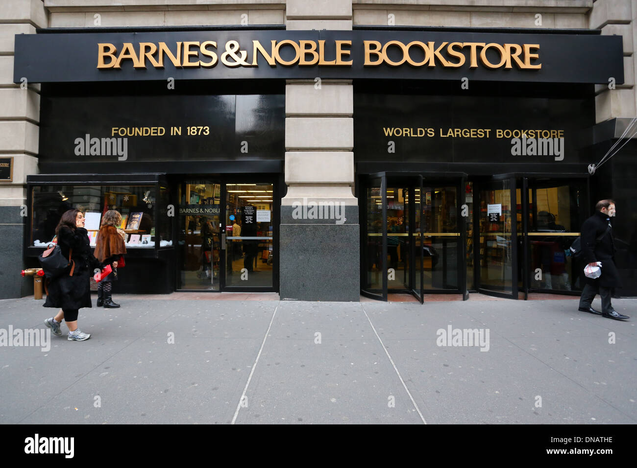 historical storefront] barnes \u0026 noble bookstore chelsea, 105 fifth[historical storefront] barnes \u0026 noble bookstore chelsea, 105 fifth ave, new york, ny