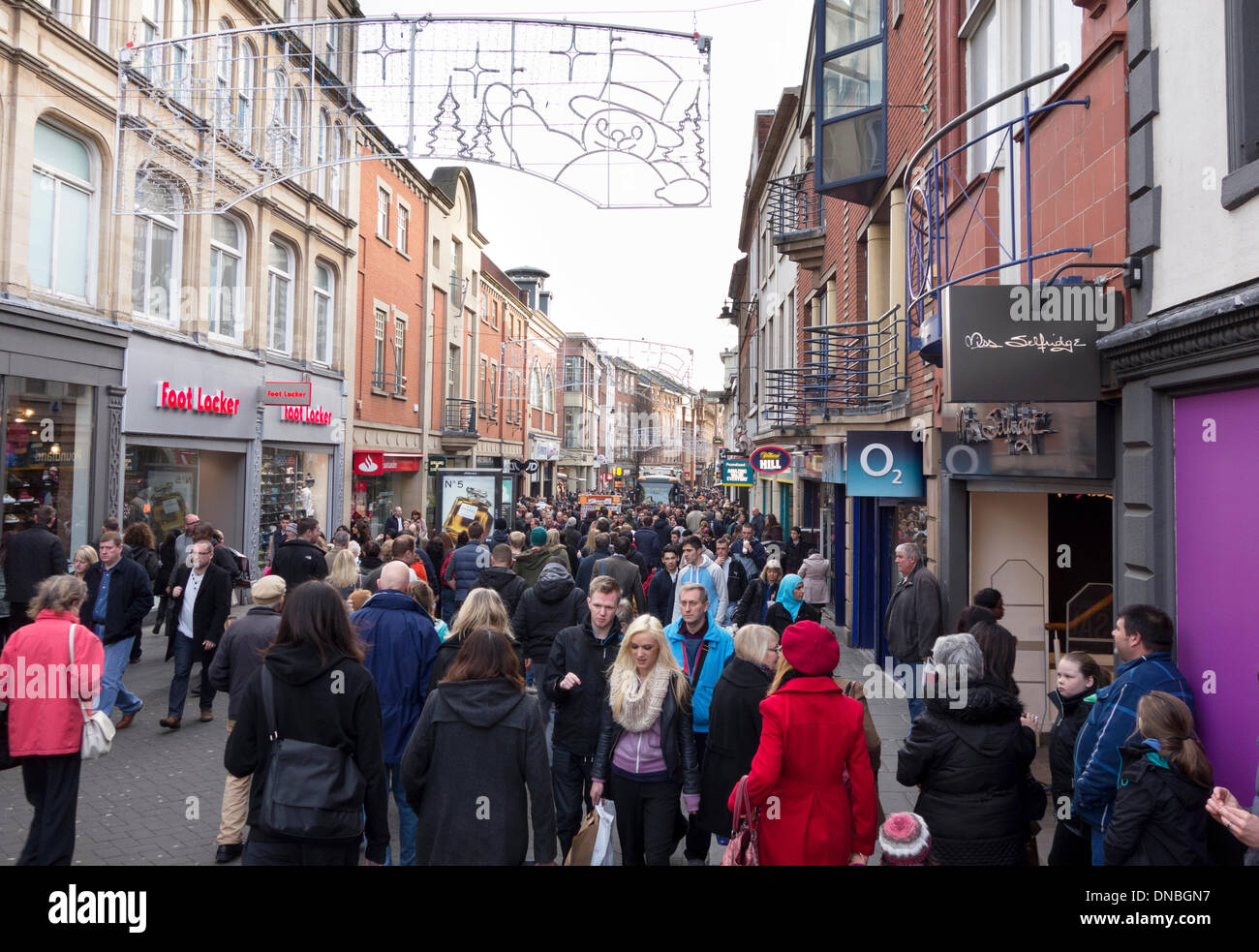 Clumber Street, Nottingham, UK. 21st December 2013. Christmas shoppers in Nottingham city centre on the last Saturday before Christmas. Clumber Street in Nottingham is reputed to be the busiest pedestrianised shopping area in Europe. Credit:  Mark Richardson/Alamy Live News - Stock Image