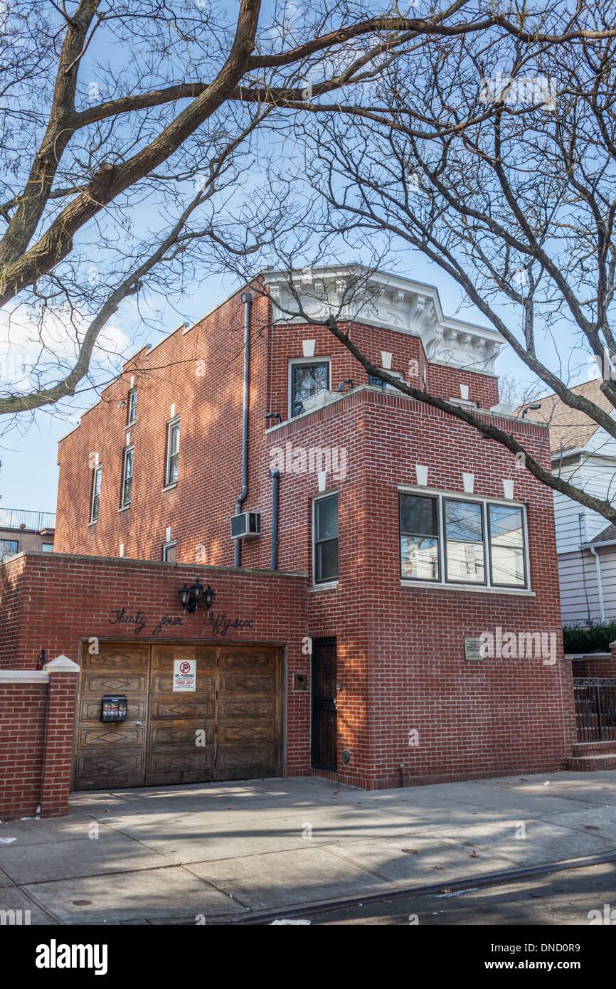 Louis Armstrong House, now a museum, Corona, Queens, New York, where trumpeter lived from 1942 until his death 1971. - Stock Image