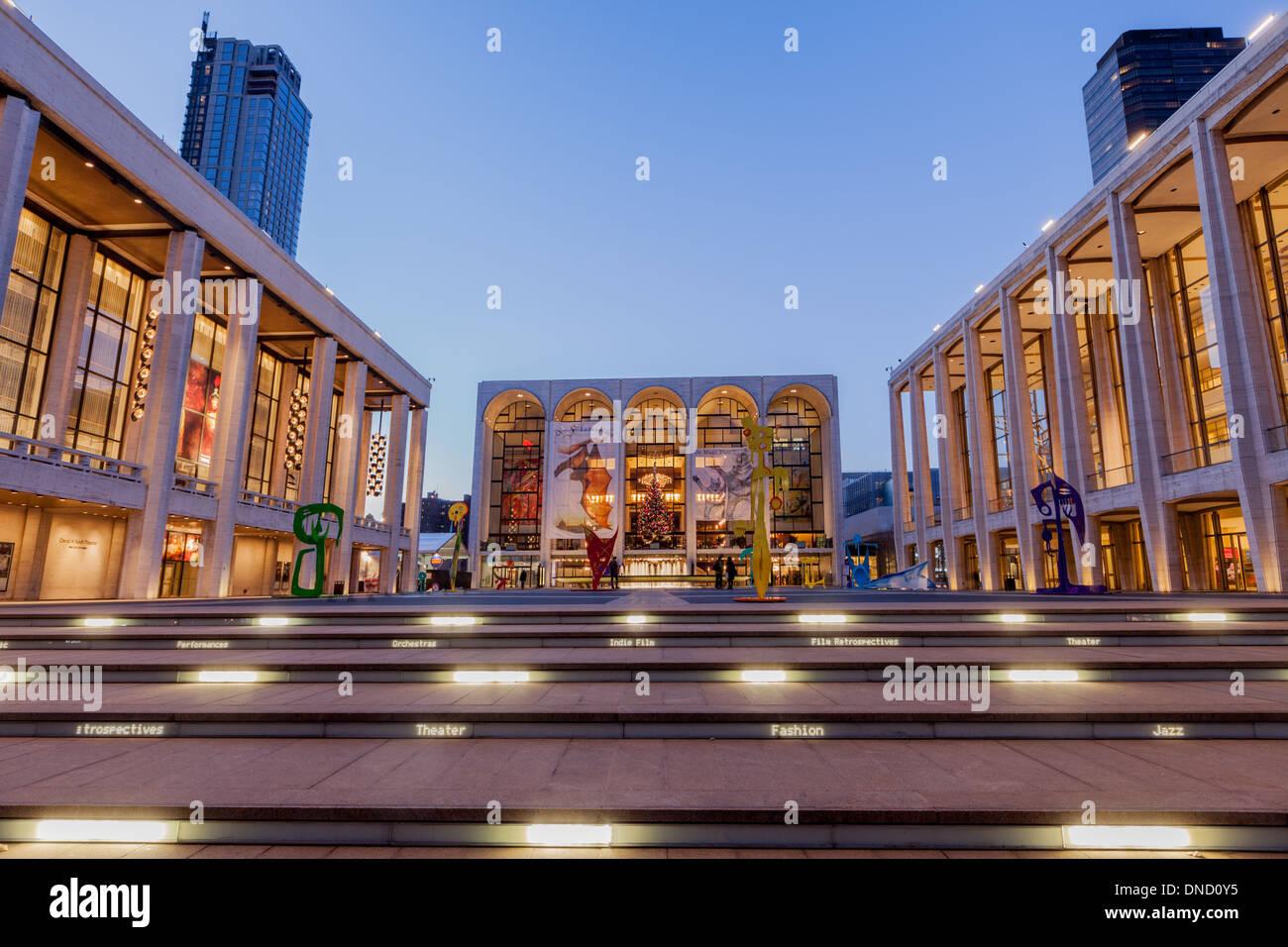Josie Robertson Plaza anchors Lincoln Center, New York City. - Stock Image