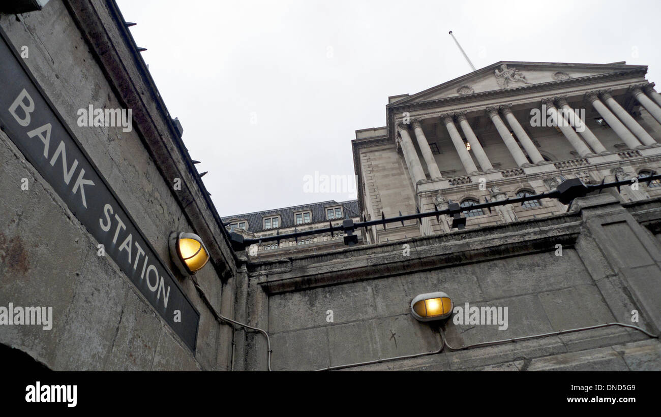 Entrance and sign at Bank Station and the Bank of England building Threadneedle Street in London UK KATHY DEWITT - Stock Image