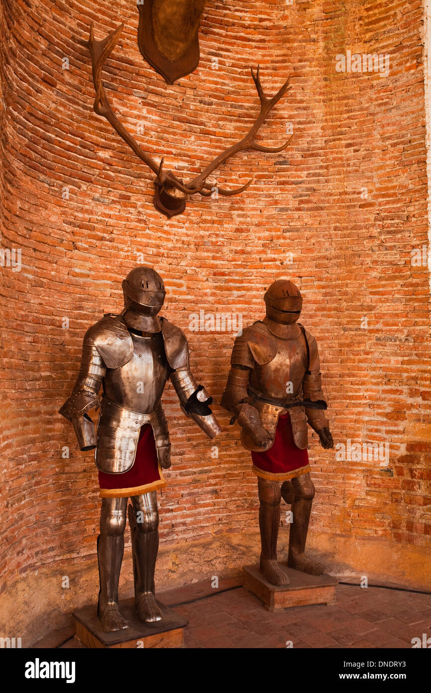 Suits of armour in Saint Fargeau chateau in Burgundy, France. - Stock Image