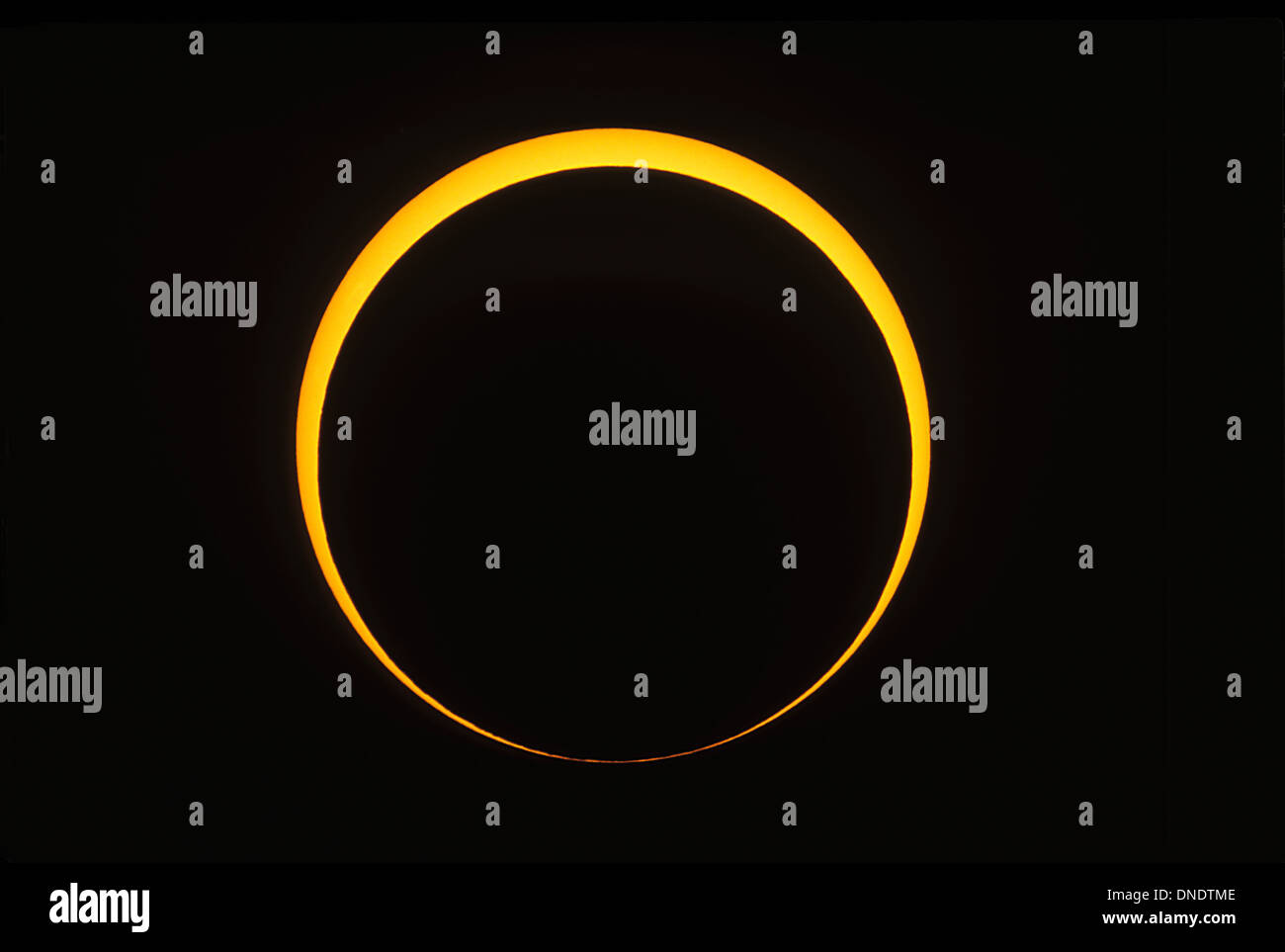 May 10, 1994 - Annular eclipse showing reverse Baily's beads effect. Taken from a site east of Douglas, Arizona. - Stock Image