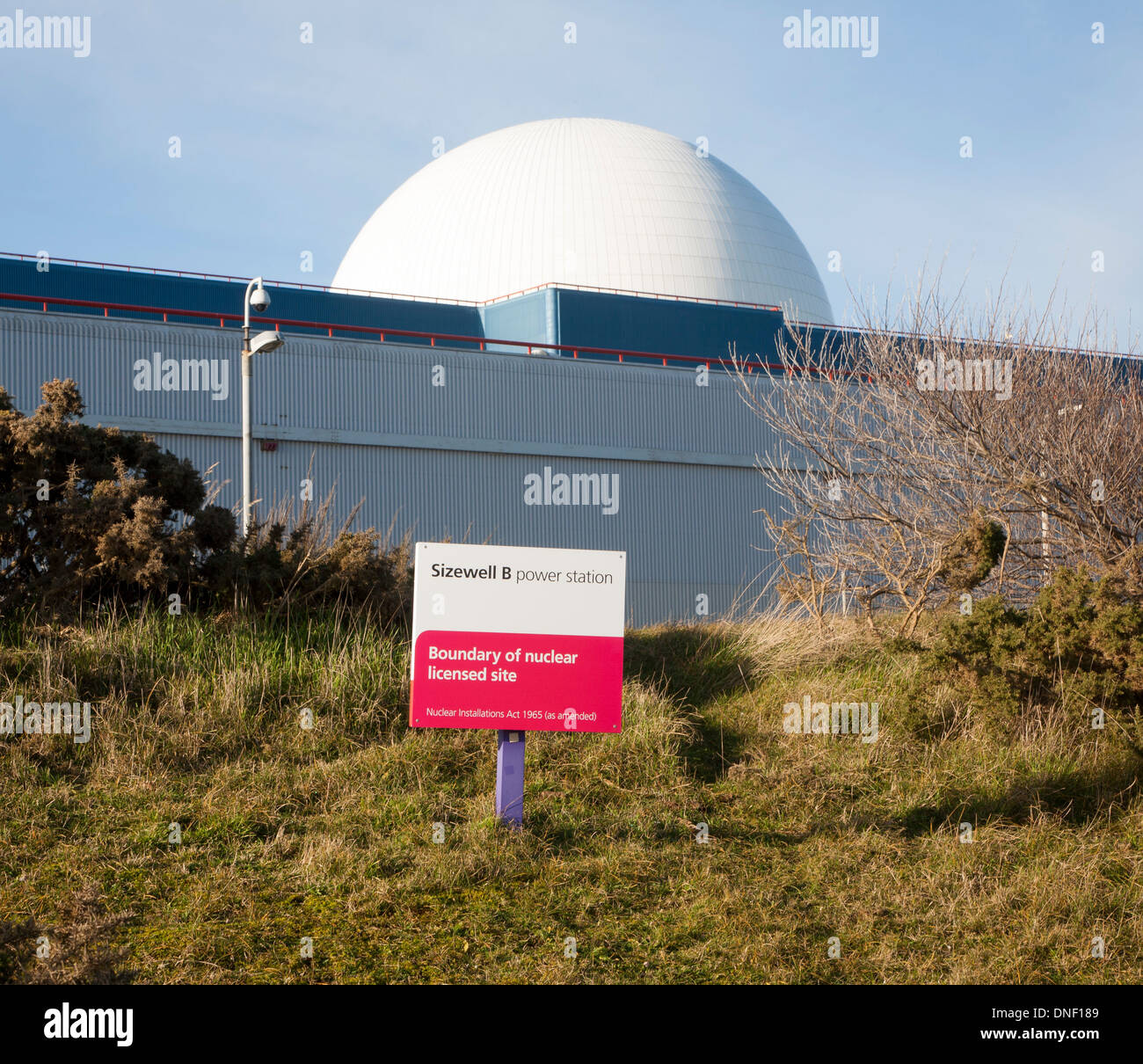 White dome of PWR Sizewell B nuclear power station near Leiston, Suffolk, England - Stock Image