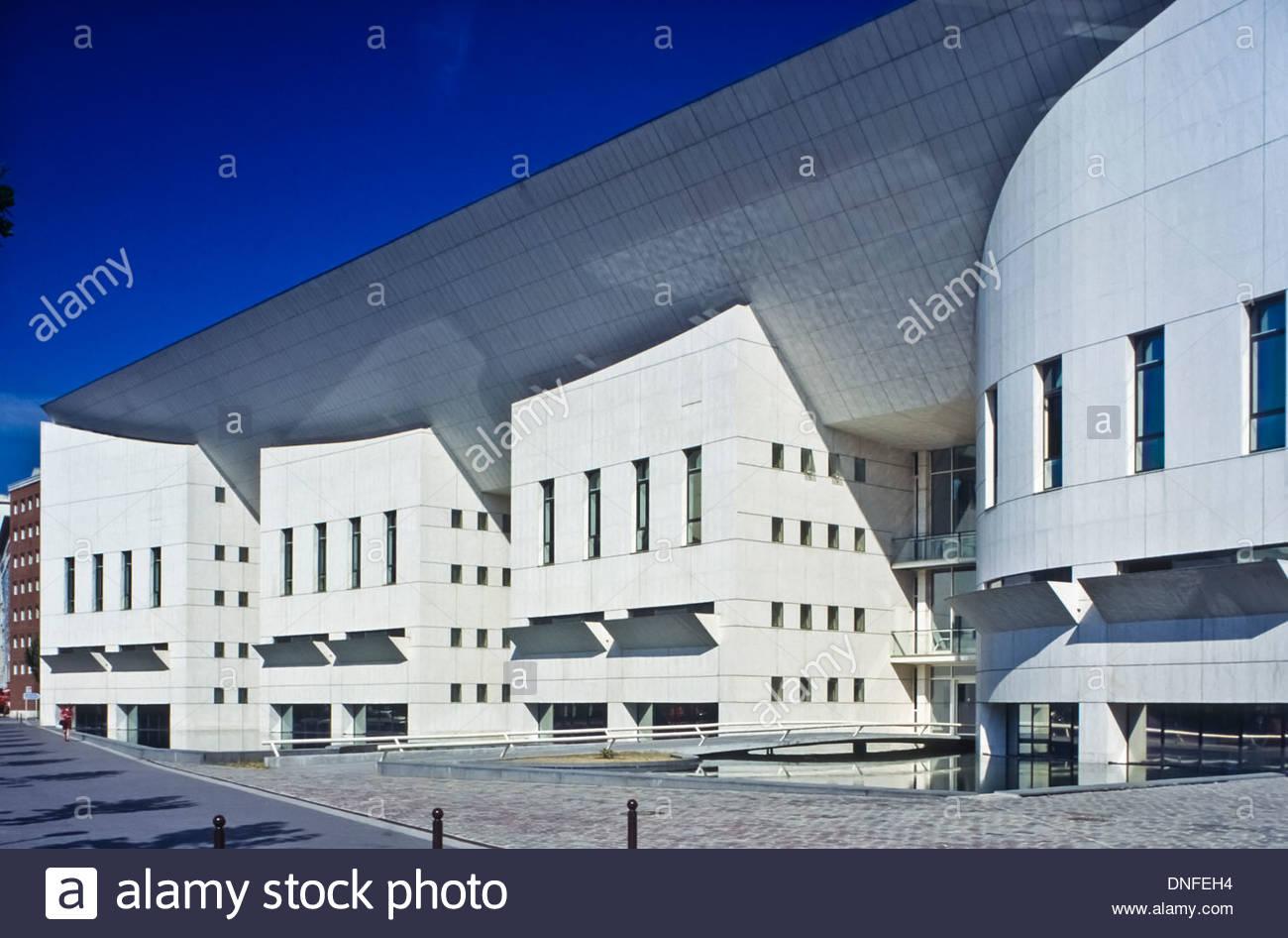 Paris Moderne Architektur Cite De La Musique Modern