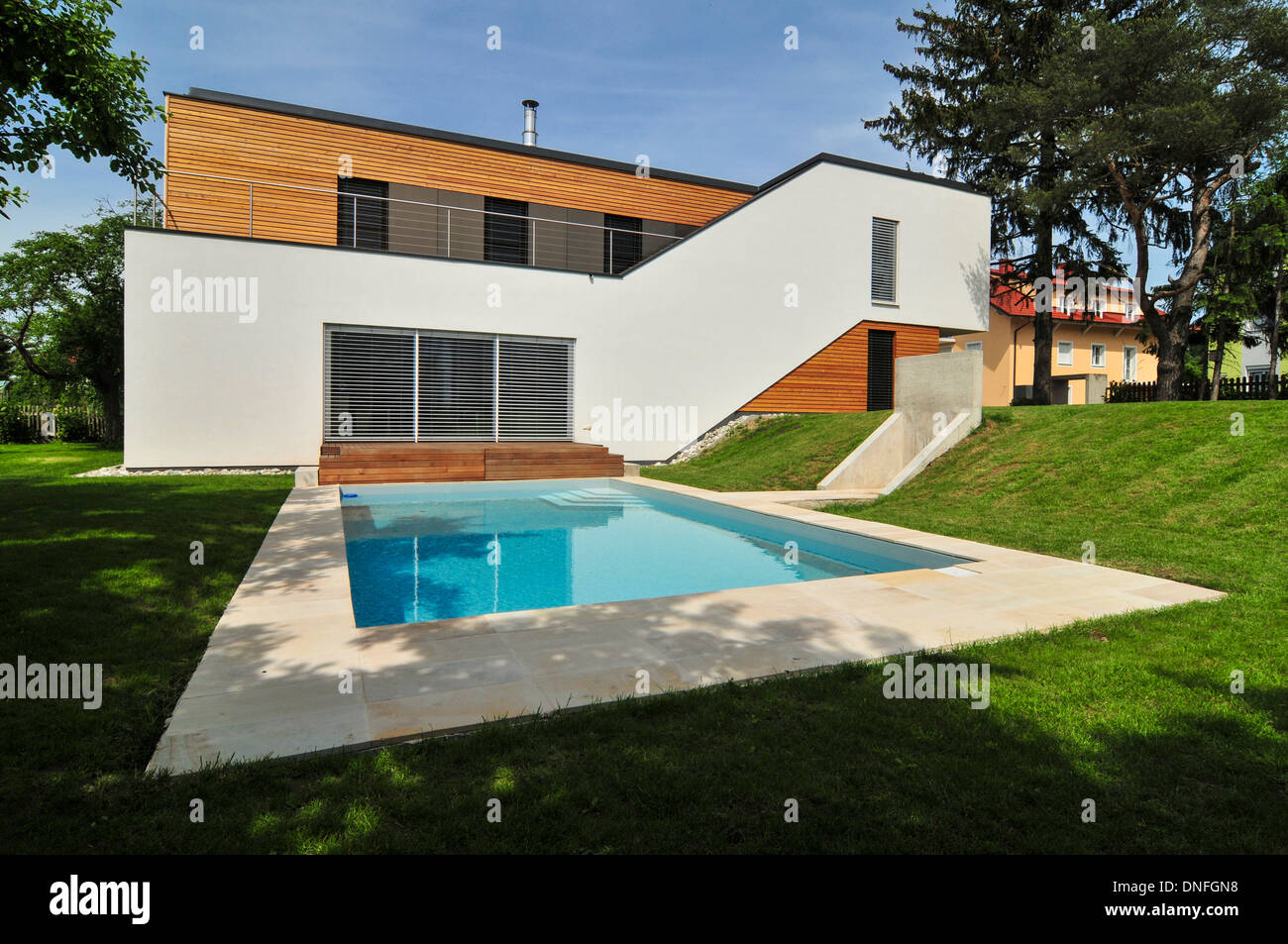 Wohnhaus Familie Troppmann, Einfamilienhaus, Haas Architektur, Swimming  Pool, Holzbau, Holzhaus,