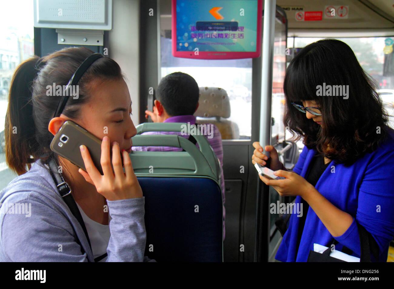 Asian Tourist Bus Stock Photos & Asian Tourist Bus Stock Images - Alamy