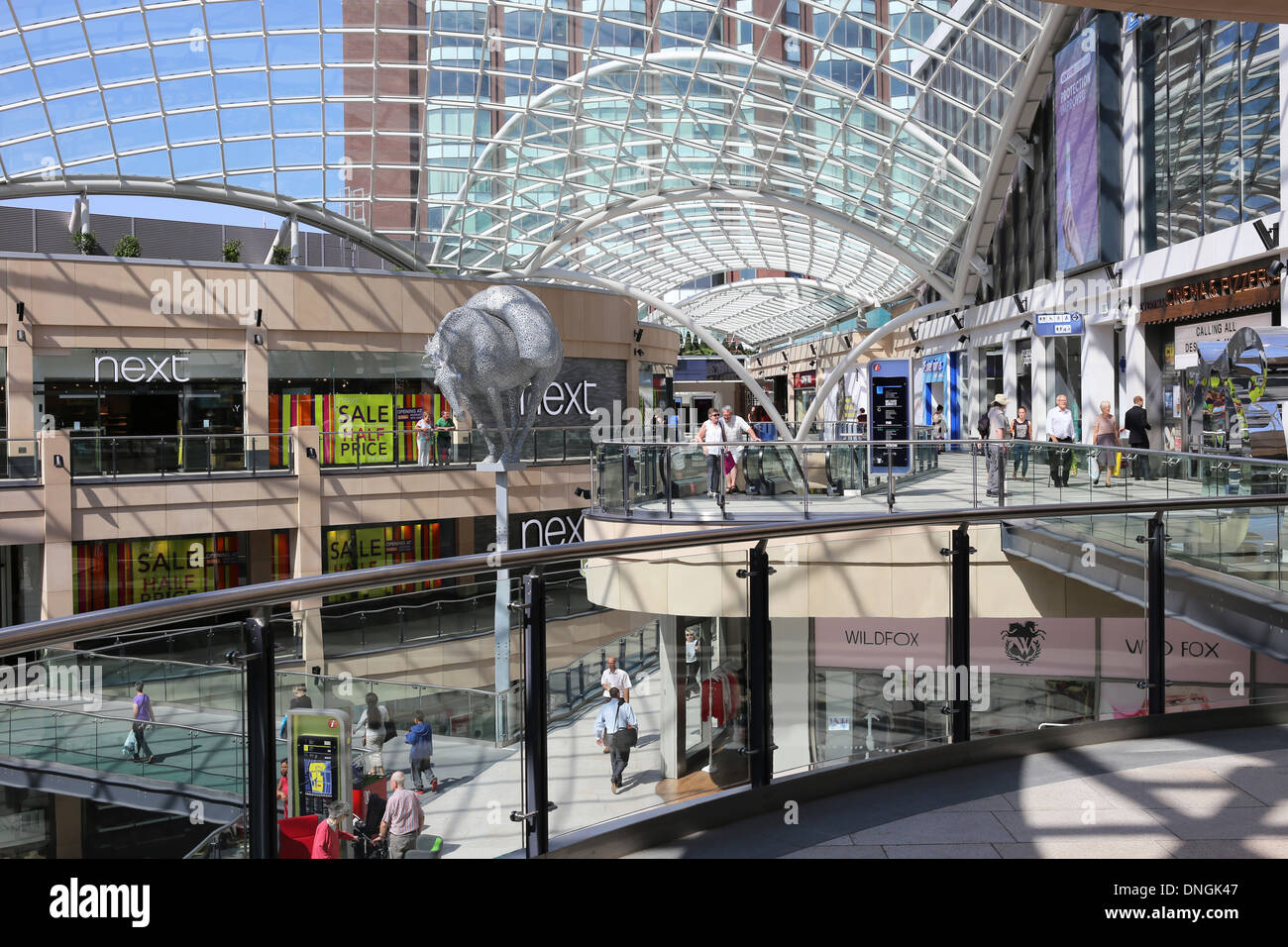 Interior of Trinity Leeds Shopping Centre showing packhorse sculpture - Stock Image