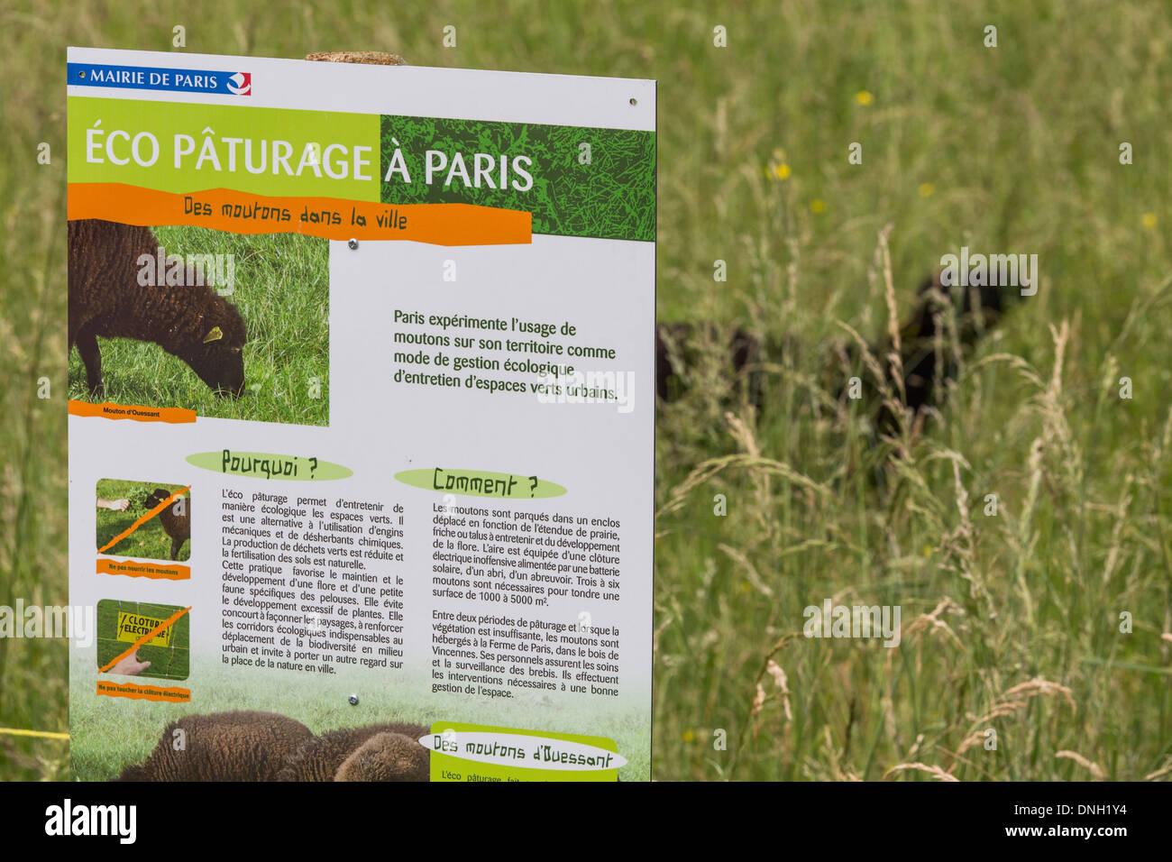 ECO-PASTURE AT THE ARCHIVES OF PARIS, BOULEVARD SERURIER, PARIS 19 EME ARRONDISSEMENT - Stock Image
