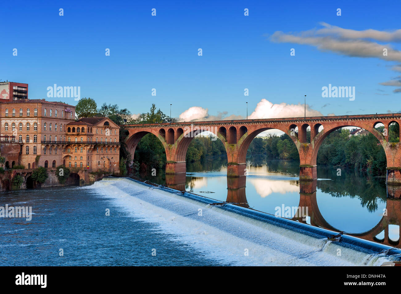 Europe, France, Tarn, Albi. The bridge of the August 22, 1944 and Mills Albigensian. - Stock Image