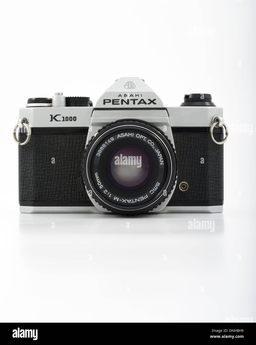 Asahi Pentax K1000 35mm SLR film camera. 1976 Made in Japan Asahi Optical Co., Ltd. - Stock Image