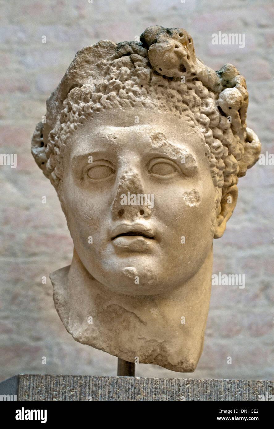 Head of Herakles - Heracles 100 AD  ( wreath of leaves of poplar ) Roman copy after Greek original  200 BC Greek - Stock Image