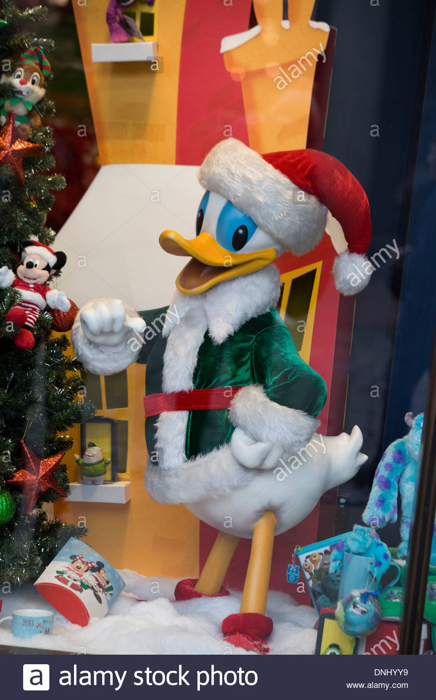 Display Window In London England For Christmas Donald Duck A Santa Hat