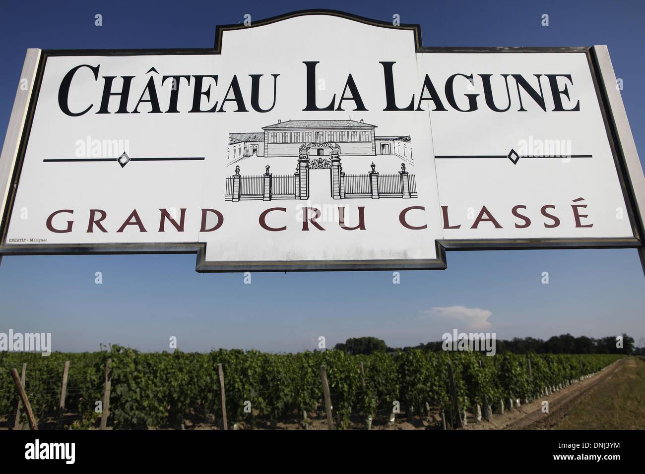 SIGN FOR THE CHATEAU LA LAGUNE, TERROIR HAUT-MEDOC, LUDON-MEDOC, GIRONDE (33), AQUITAINE, FRANCE - Stock Image