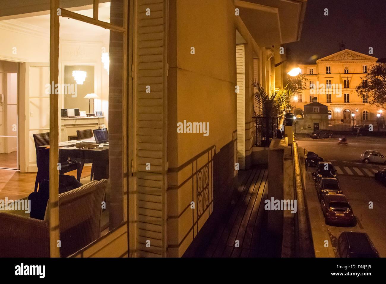 avenue daniel lesueur stock photos avenue daniel lesueur. Black Bedroom Furniture Sets. Home Design Ideas