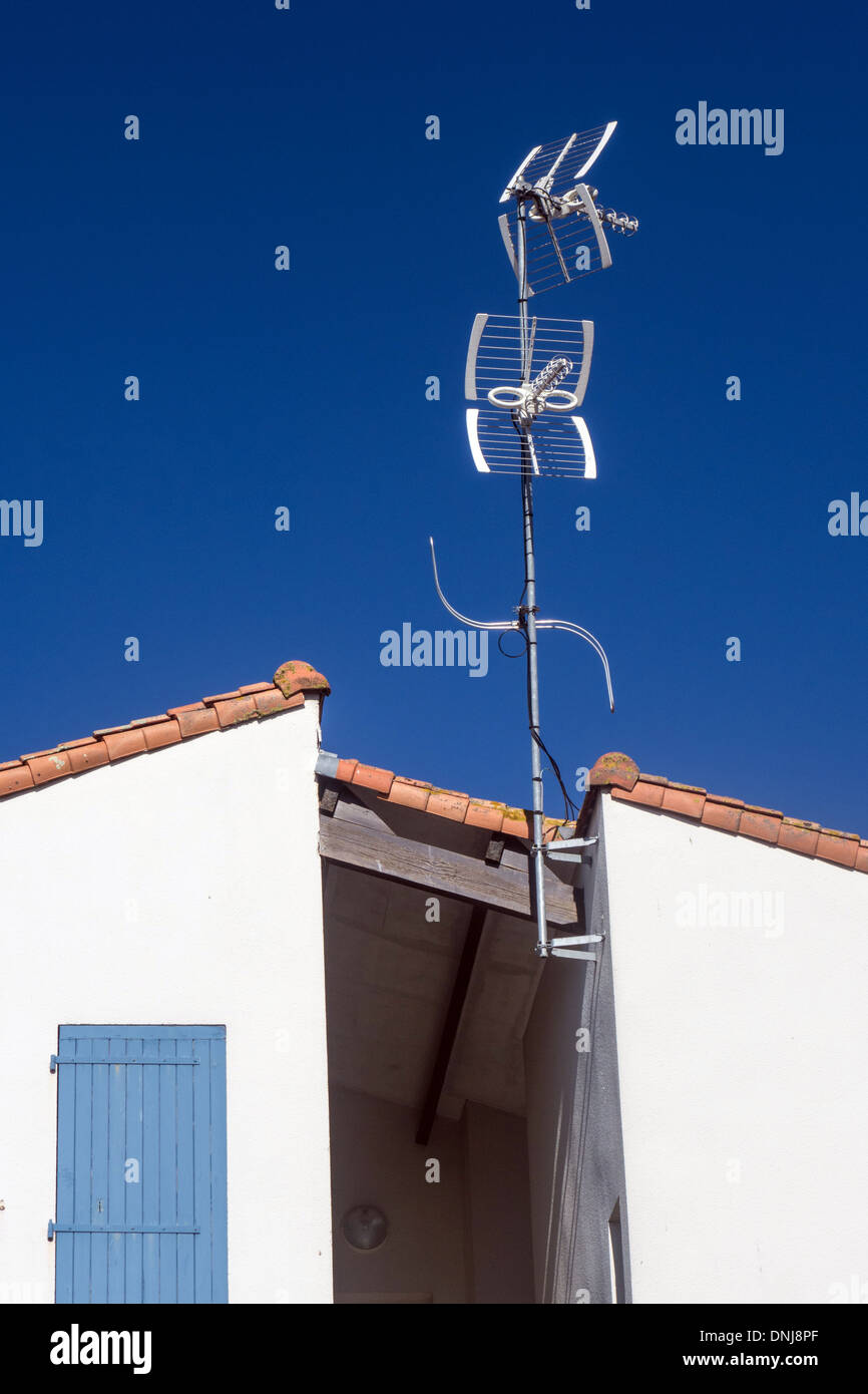 TELEVISION ANTENNAS, (RADIO WAVE AND VISUAL POLLUTION, CHARENTE-MARITIME (17), FRANCE - Stock Image