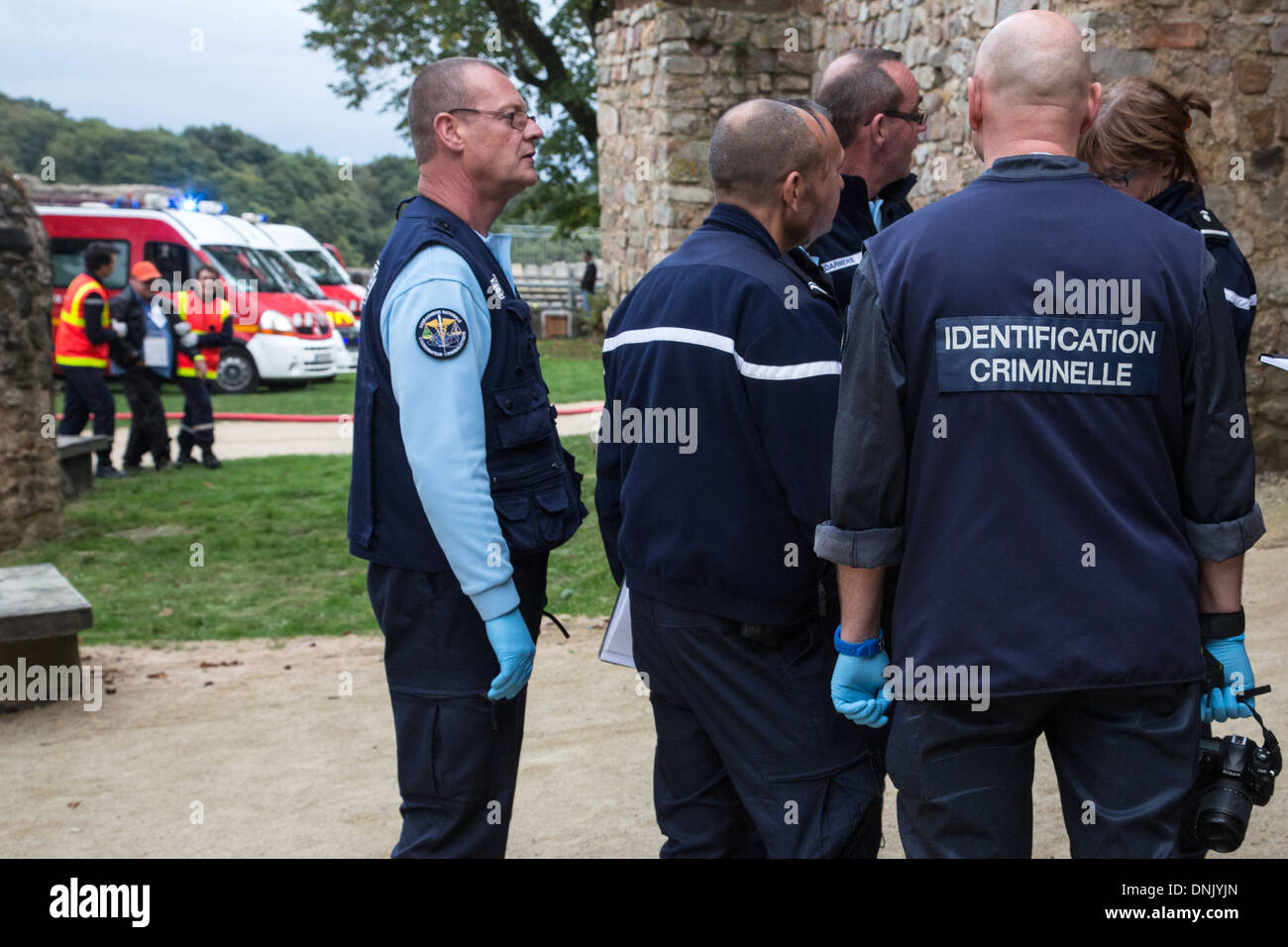 GENDARMES FROM THE CRIMINAL IDENTIFICATION DEPARTMENT INTERVENING FOLLOWING THE COLLAPSE OF THE BLEACHERS DURING - Stock Image