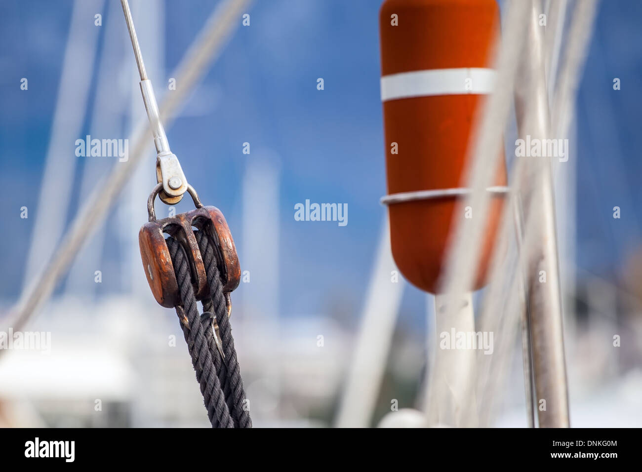 Running rigging gear ship tackles - Stock Image