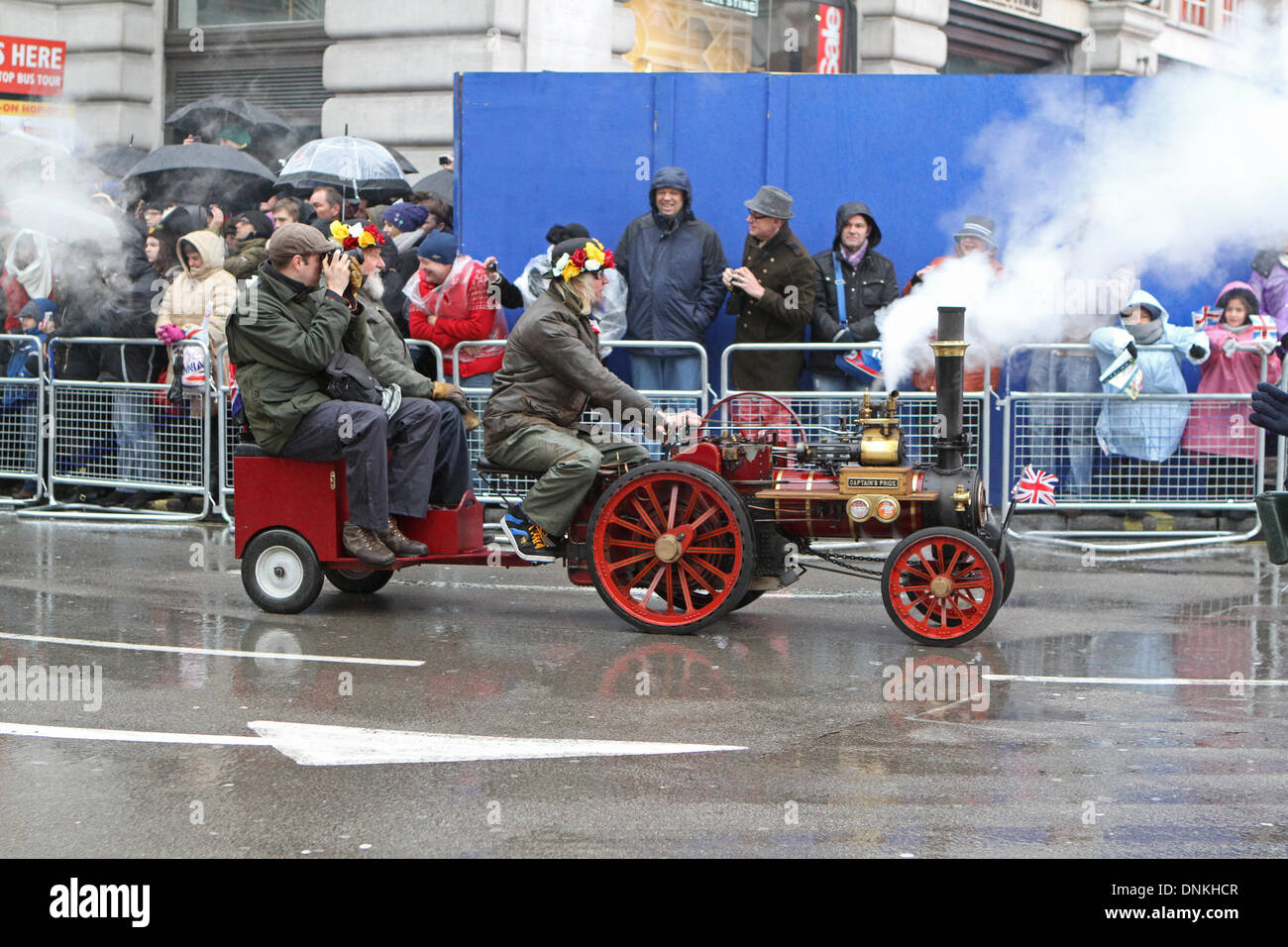 London,UK,1st January 2014,A miniature Steam traction engine at the London's New Year's Day Parade 2014 Credit: Keith Larby/Alamy Live News - Stock Image