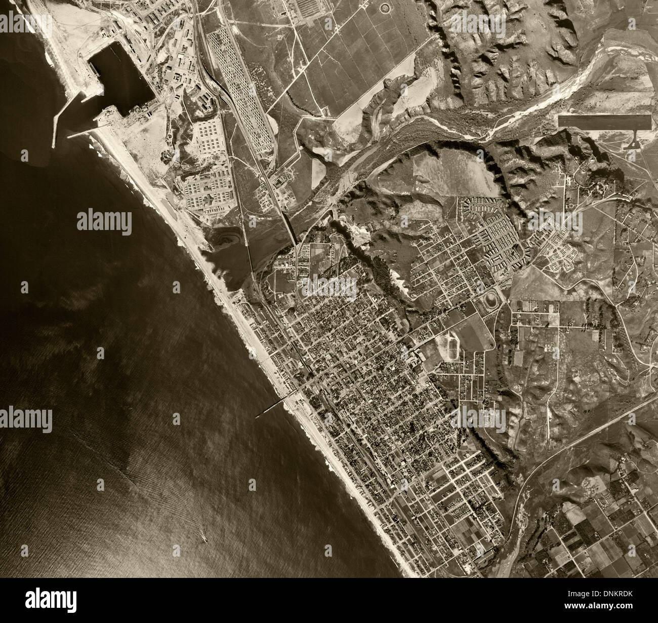 historical aerial photograph Oceanside, California, 1946 - Stock Image