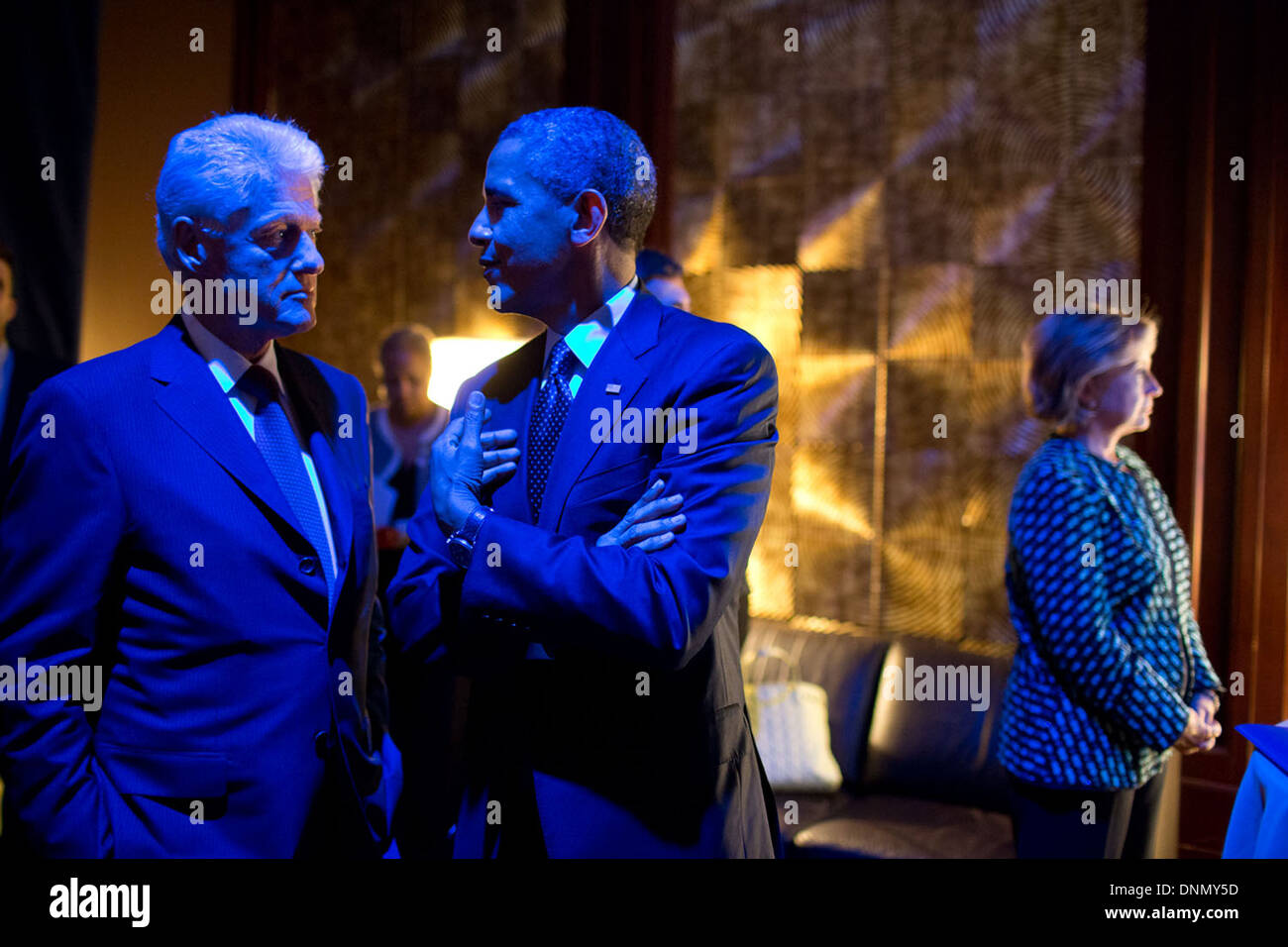 US President Barack Obama and former President Bill Clinton are