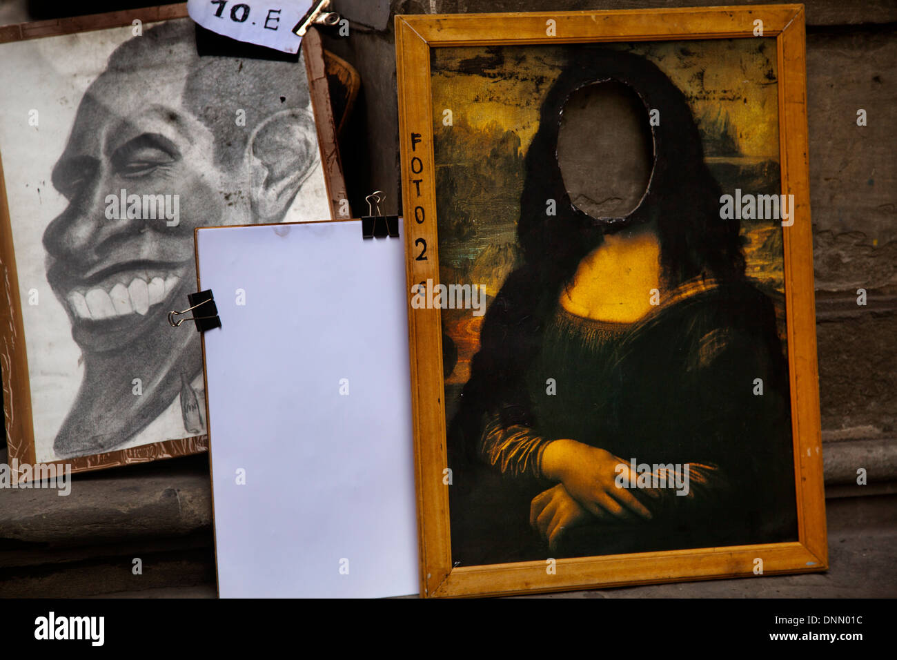 Portraits & photo booth with images of Obama & Mona Lisa outside the Uffizi gallery - Stock Image