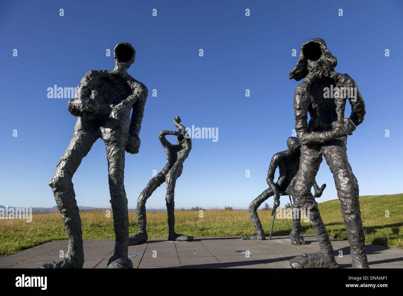 'Dance' sculptures by Torbjorg Palsdottir 1970 outside Perlan, Reykjavik, Iceland - Stock Image