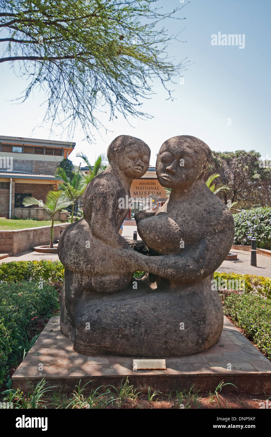 Mother and Child sculpture at entrance to Nairobi National Museum Kenya - Stock Image