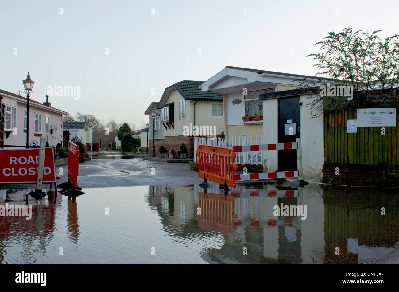 Iford, Christchurch, Dorset, UK. 3rd January 2014. Residents evacuated from the Iford Bridge Home Park site. Water levels still rising - Stock Image
