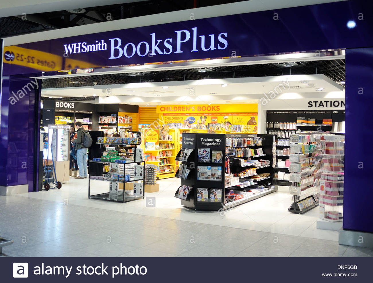 London UK WH Smith book shop at Heathrow Terminal 4. - Stock Image
