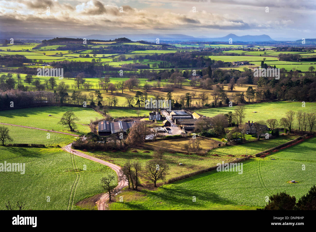 Grinshill, Shropshire, England, UK. View west towards Long Mountain and The Breiddon Hills on the Welsh borders - Stock Image