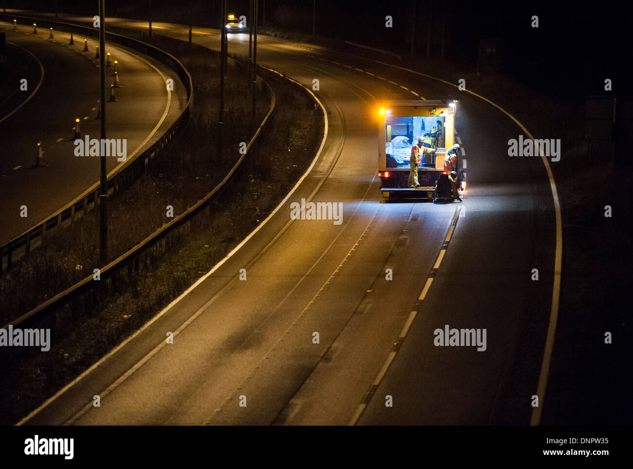 A14 Road works. Junction 7-9 night work - Stock Image