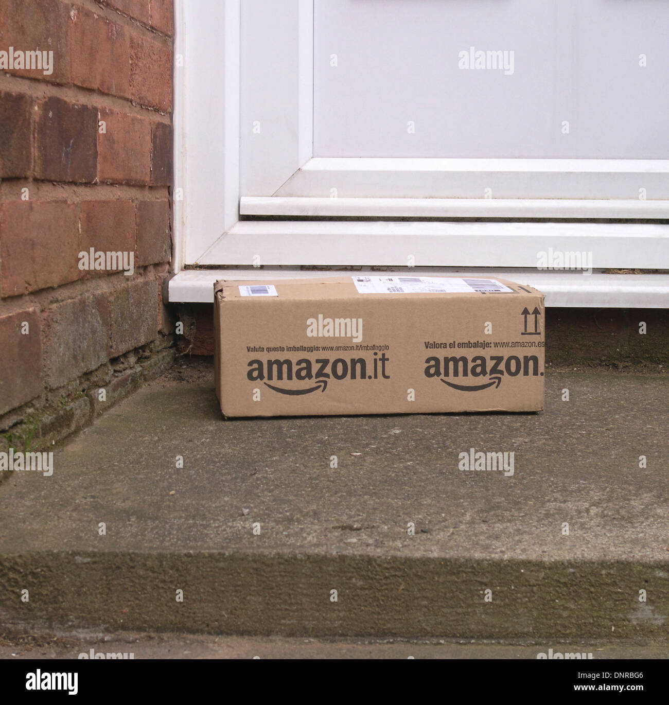 amazon parcel delivery stock photos amp amazon parcel