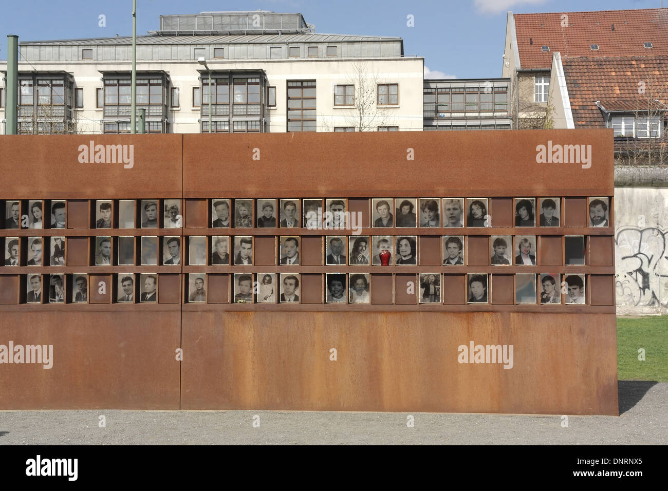 urban dating wall