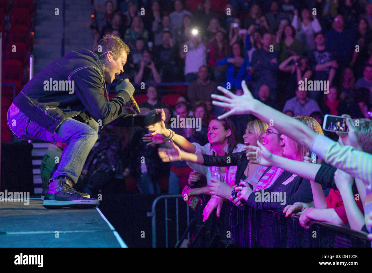Green Bay Wisconsin USA. 6th March 2013. Vocalist BRAD ARNOLD of  sc 1 st  Alamy & 3 Doors Down Stock Photos u0026 3 Doors Down Stock Images - Alamy