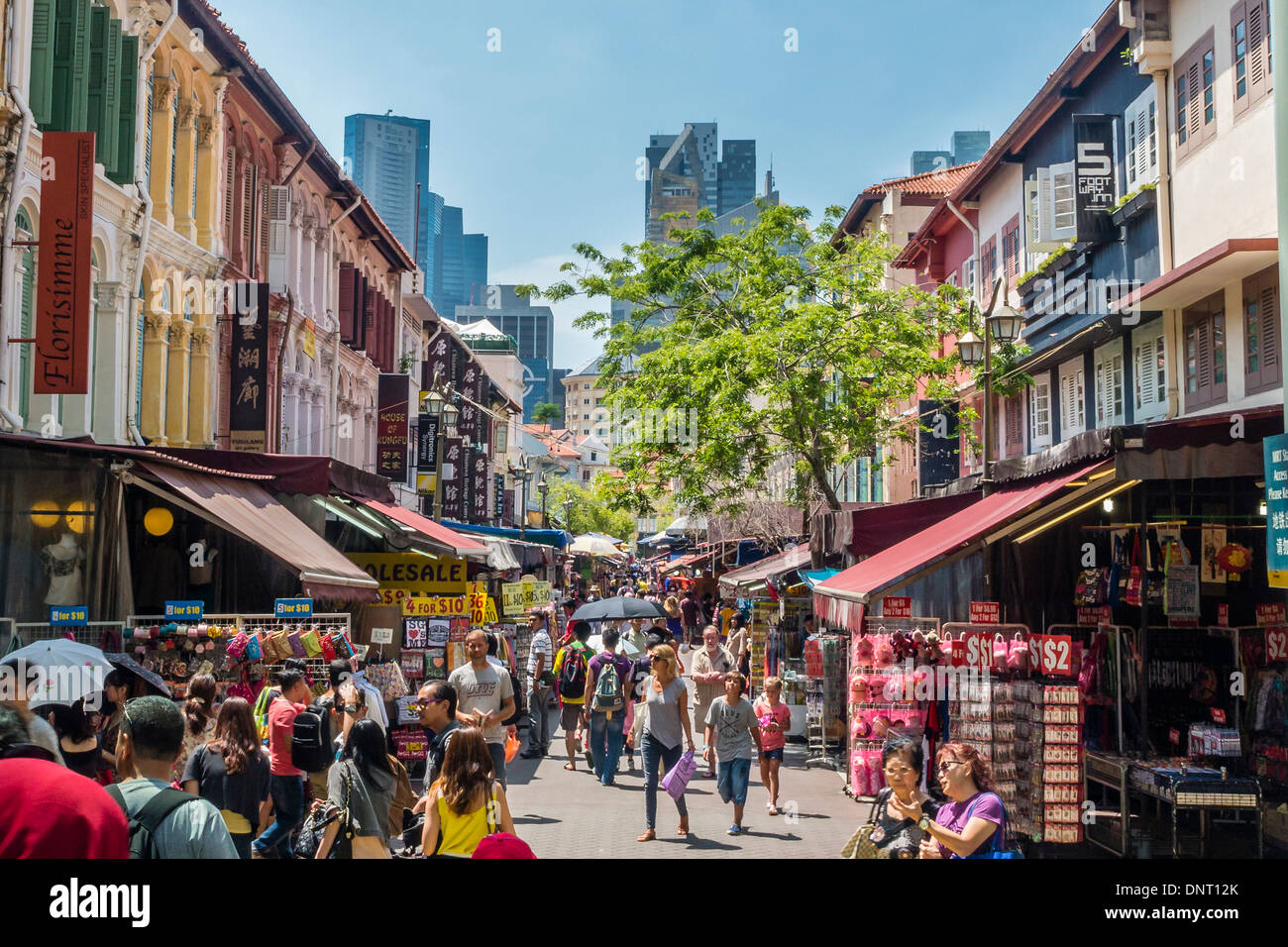 Bustling in Chinatown, Singapore - Stock Image