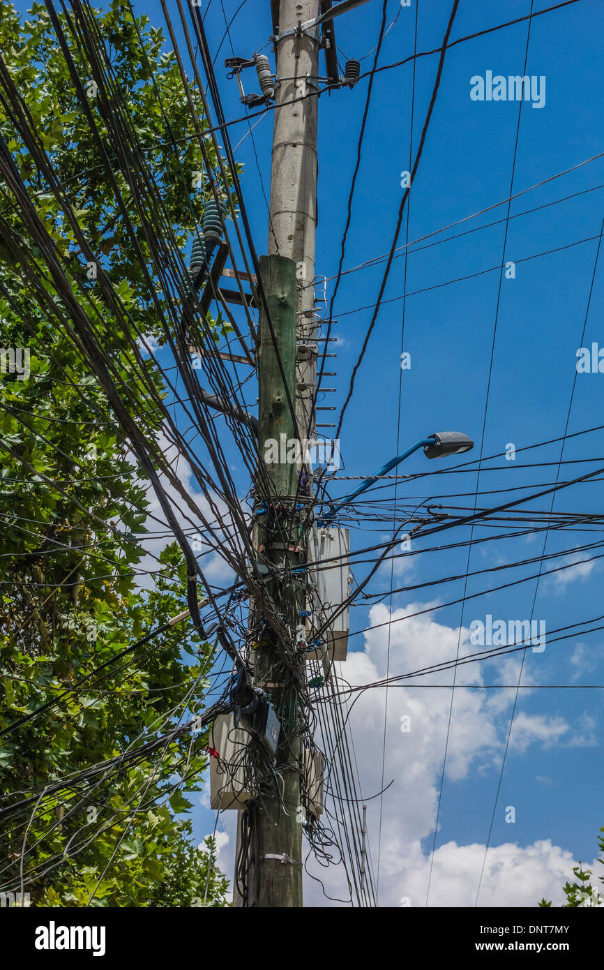 Phenomenal Jumbled Wires Stock Photos Jumbled Wires Stock Images Alamy Wiring 101 Tzicihahutechinfo