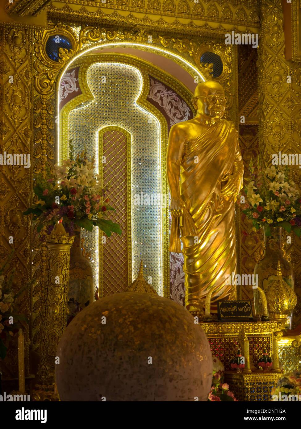 Revered Monk Statue at Phra Maha Chedi Mongkol, Roi Et, Thailand - Stock Image