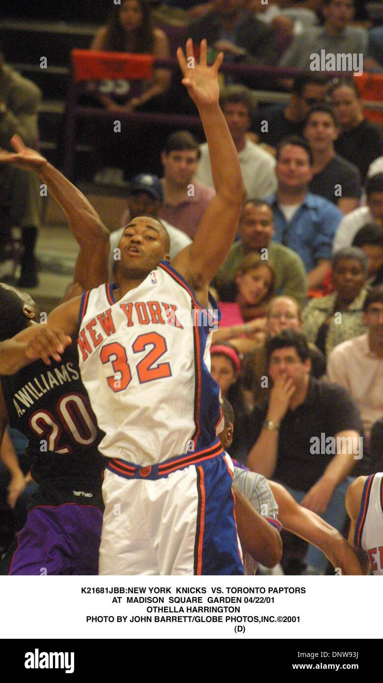 Apr. 22, 2001 - K21681JBB:NEW YORK KNICKS VS. TORONTO PAPTORS.AT ...