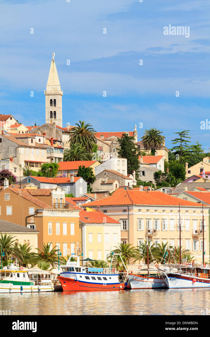 Mali Losinj waterfront and harbor, Island of Losinj, Dalmatia, Croatia Stock Photo