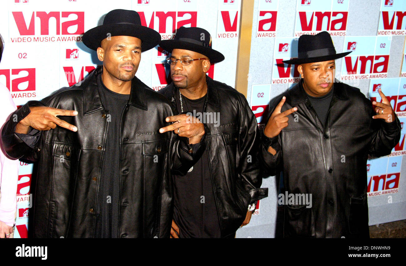 Aug. 30, 2002 - Run DMC.MTV Video Music Awards.Radio City Music Hall, New York, USA, 8/29. Alec Michael.©    2002.K26027AM(Credit Image: © Globe Photos/ZUMAPRESS.com) - Stock Image